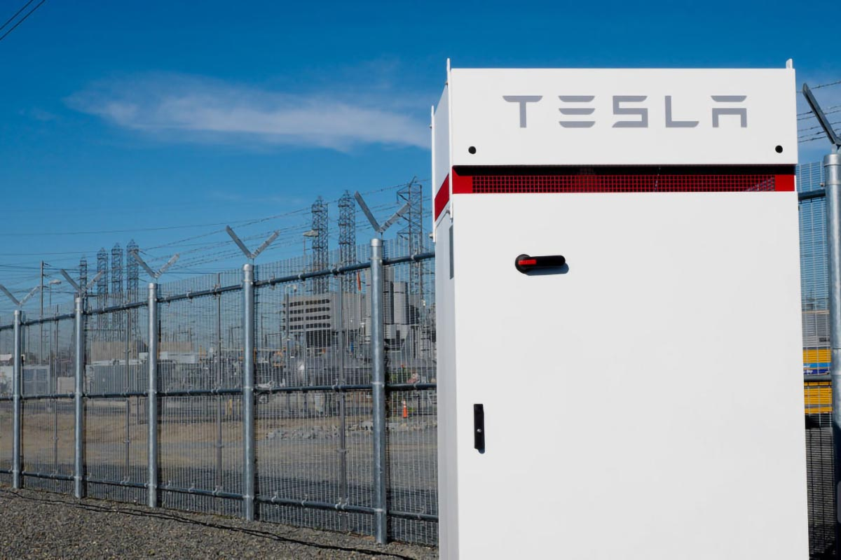 Tesla's commercial battery storage system, Powerpack