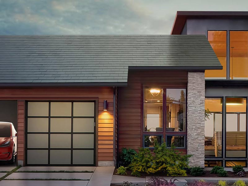 Shout It from the Rooftop: Elon Musk Goes Solar in a Big Way